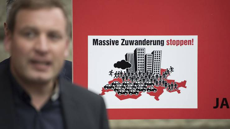 Die Aktion für eine unabhängige und neutrale Schweiz (AUNS) stellt heute ihre Abstimmungskampagne vor.