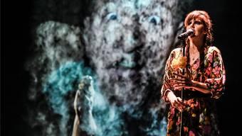 Seitdem sie eine neue Lunge transplantiert bekommen hat, kann Miriam Maertens wieder auf der Bühne singen. Aktuell im Stück «Endstation Sehnsucht».