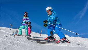 An den meisten Oberstufen im Bezirk hat der Anteil an Skifahrern im Lager wieder zugenommen (im Bild die Kreisschule Buchs-Rohr in Elm GL). AZ-Archiv