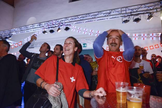 Die Fans werden in der Reithalle wieder von Emotionen durchgeschüttelt.