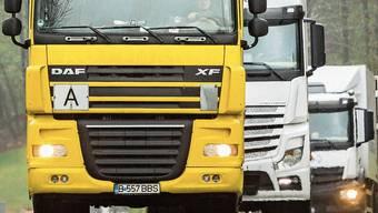 Viele (ausländische) Lastwagen nutzen die Staffelegg als Abkürzung, um weniger Abgaben zahlen zu müssen.