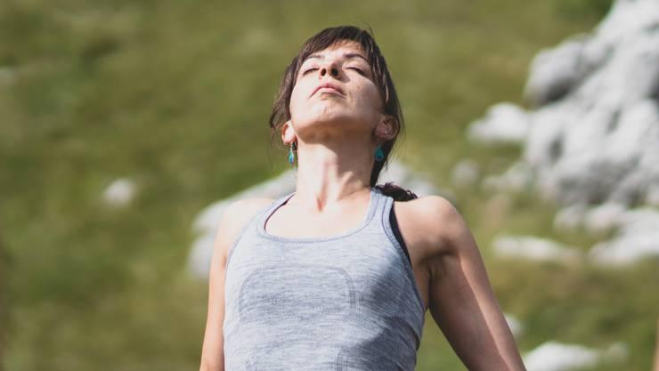 Atmen ist leben: Wer falsch atmet, setzt seinen Körper unter Stress. Das erhöht den Blutdruck und gefährdet das Herz.