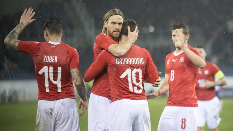 Die Schweizer Fussball-Nati belegt in der Fifa-Weltrangliste den sechsten Rang.
