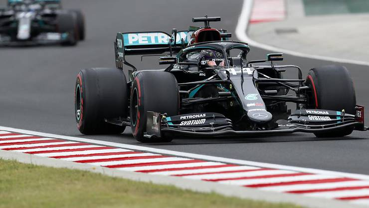 Lewis Hamilton gelang auf dem ausserhalb von Budapest gelegenen Hungaroring die Bestzeit im ersten Training