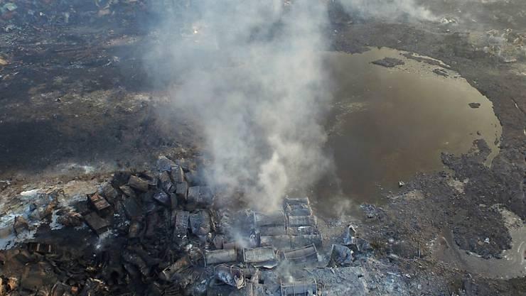 Giftige Dämpfe, verseuchtes Wasser: Die Umweltsituation im chinesischen Tianjin ist auch Tage nach den verheerenden Explosionen in einem Chemielager prekär. (Archiv)