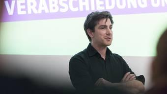 Daniel Hölzle, Präsident Grüne Aargau, an der Mitgliederversammlung der Grünen Aargau mit Verabschiedung des zurücktretenden Nationalrats Jonas Fricker am 16. Januar im Karussel Baden.