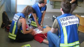 39 Feuerwehren im Kanton Solothurn verfügen über ein First-Responder-Team. Bei Herznotfällen werden sie parallel zum Rettungsdienst alarmiert.