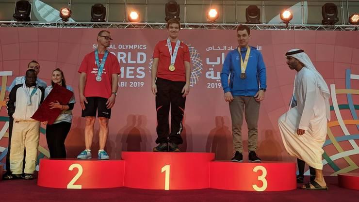 Gold für Judoka Markus Schaarschmidt (Mitte).