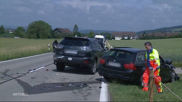 Autokollision in Remetschwil: Zwei Verletzte