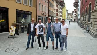 Der neu gegründete Verein «Maienzugvorabend Aarau» mit (von links) Michael Ganz, Reto Fischer, Sven Ammann, Matthias Seifritz und Gusti Burkart.