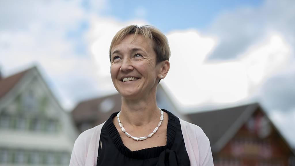 Die neue Innerrhoder Regierungsrätin Monika Rüegg Bless am Sonntag nach der Wahl.