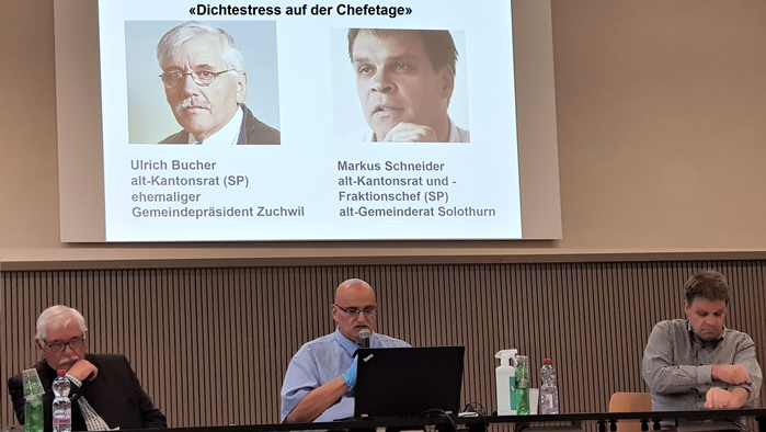Sven Sataric, der Präsident der SVP-Biberist, mit den beiden Referenten Ulrich Bucher und Markus Schneider.
