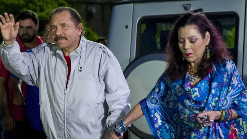 ARCHIV - Daniel Ortega, Präsident von Nicaragua, und seine Frau Rosario Murillo. (Archivbild) Foto: Jorge Torres/EFE/dpa