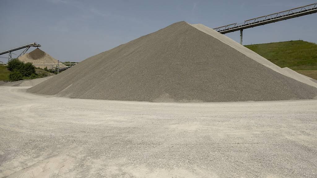 An den Aktivitäten des weltgrössten Zementkonzerns Holcim in Brasilien sind zahlreiche Unternehmen interessiert. (Symbolbild)