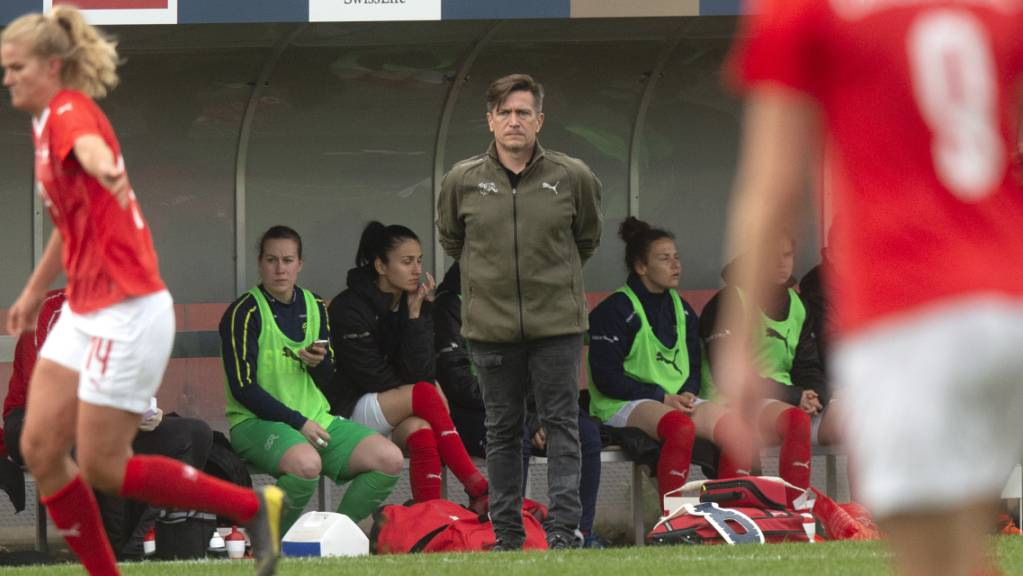 Nationalmannschafts-Coach Nils Nielsen will heute einen weiteren Sieg der Schweizerinnen beobachten