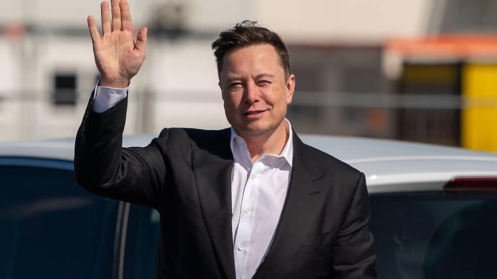 Elon Musk hat auf Twitter sein Interesse an der Kryptowährung Bitcoin geäussert. (Archivbild)