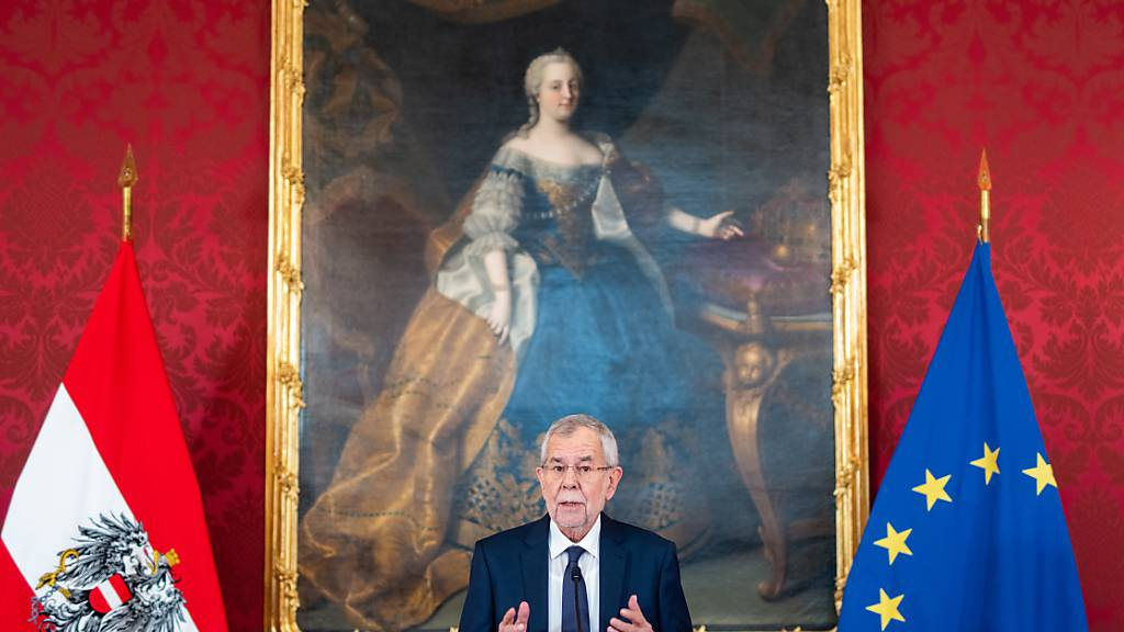 Ibiza: Österreichs Finanzminister Blümel muss weitere Akten vorlegen
