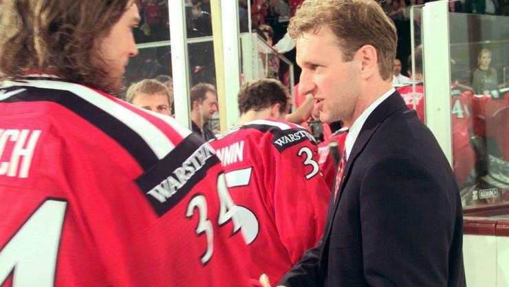 Als Trainer der Schweizer Nationalmannschaft belegte Krueger bei der Heim-WM 1998 in Zürich und Basel den 4. Platz