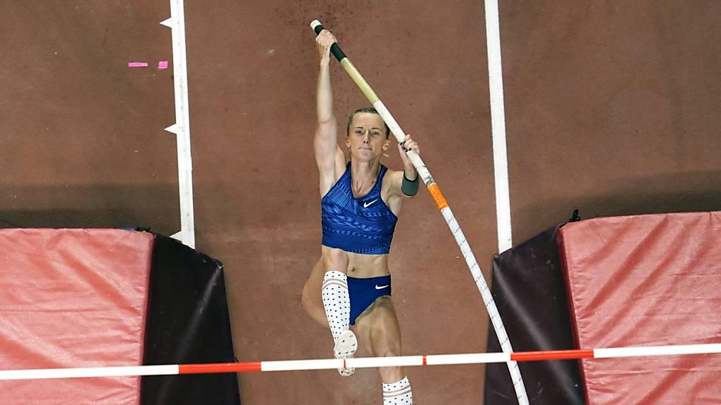 Starke Leistungen im leeren Stadion von Angelika Sidorowa