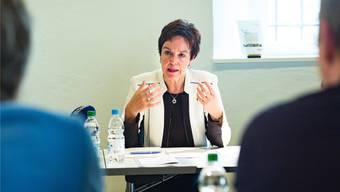 Bildungsdirektorin Monica Gschwind (FDP) möchte nicht, dass andere politische Akteure sich direkt per Mail an die Lehrerschaft wenden. «Wir brauchen Ruhe in den Schulen», sagt sie.