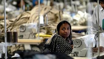 Textilarbeiterin in Dhaka (Symbolbild)
