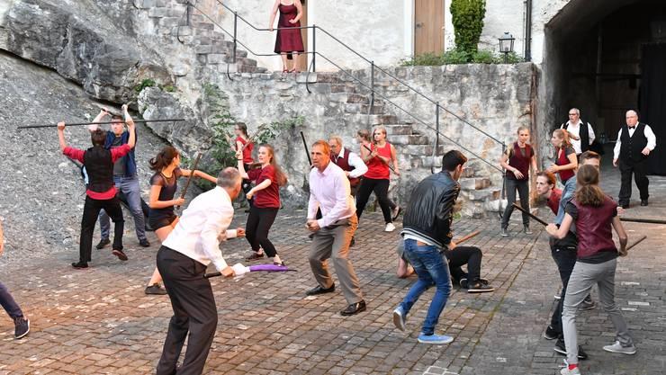 Im Schlosshof Niedergösgen wurde 2016 «Romeo und Julia» aufgeführt.