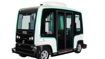 """Sechs Sitz- und sechs Stehplätze - aber kein Fahrer: Der selbstfahrende Shuttle """"EZ10"""" des französischen Start-ups """"EasyMile"""" wird in Zug bald ausgiebig getestet."""