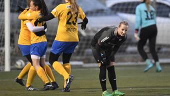 Die FC Aarau Frauen (im Bild Chloé Sylvestre) zogen gegen Luzern einen schwachen Abend ein.