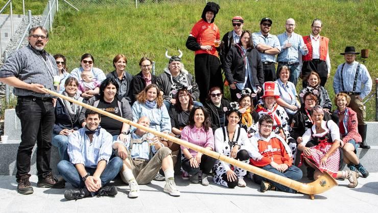 """Die Müüs mit Thema """"Swiss Alpen Party"""" an der Mitgliederversammlung"""