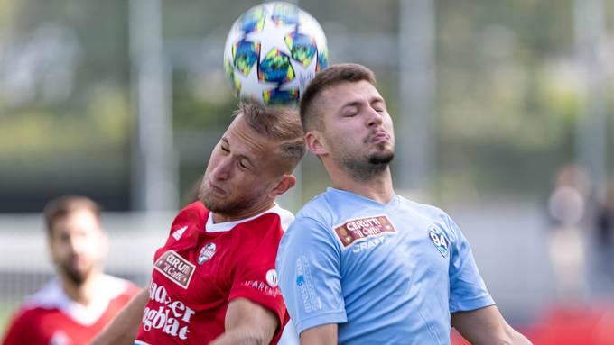 Patrick Muff (links) traf für den FC Baden zum 1:1.