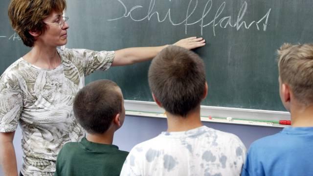 Im Bildungsraum Nordwestschweiz hat sich die Situation des Lehrpersonen-Bedarfs etwas beruhigt,(Symbolbild)