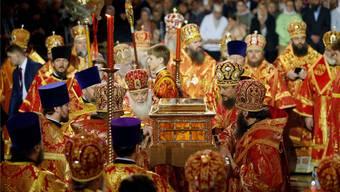 Millionen Pilger reisten an, als in Russland im Sommer 2017 die Nikolaus-Reliquien aus Bari gezeigt wurden.