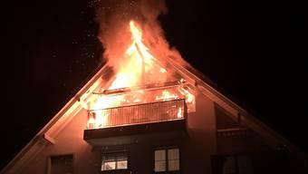 In Volketswil ist in einer Dachwohnung ein Brand ausgebrochen. Verletzt wurde niemand.