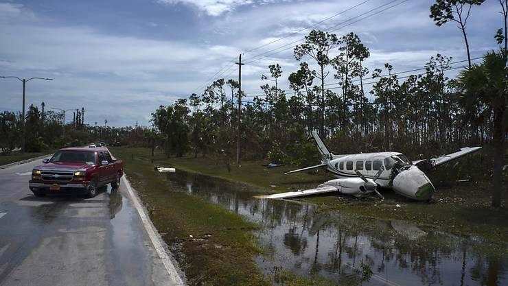 """Die zerstörerische Wucht des Hurrikans """"Dorian"""" hat auf den Bahamas nach neuen Erkenntnissen mindestens 30 Menschen das Leben gekostet - vermutlich gibt es aber noch viel mehr Todesopfer."""