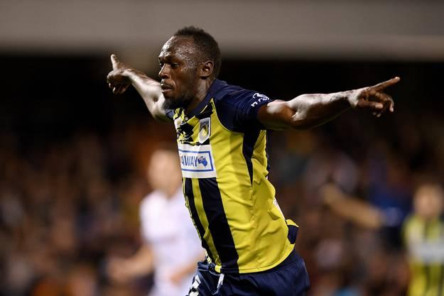 Usain Bolt jubelt erstmals auch als Fussballer.