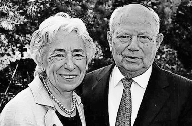 Margit und Walter Strauss-Fern um 2010.
