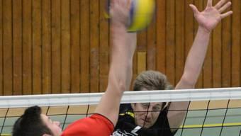 Der Kampf am Netz prägte den Cupfinal zwischen Windisch und Smash.