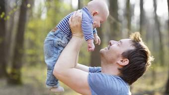 Daniel Fuchs: «Eine gesetzliche Papi-Zeit würde Vätern Einblick in eine andere Welt gewähren.» (Symbolbild)