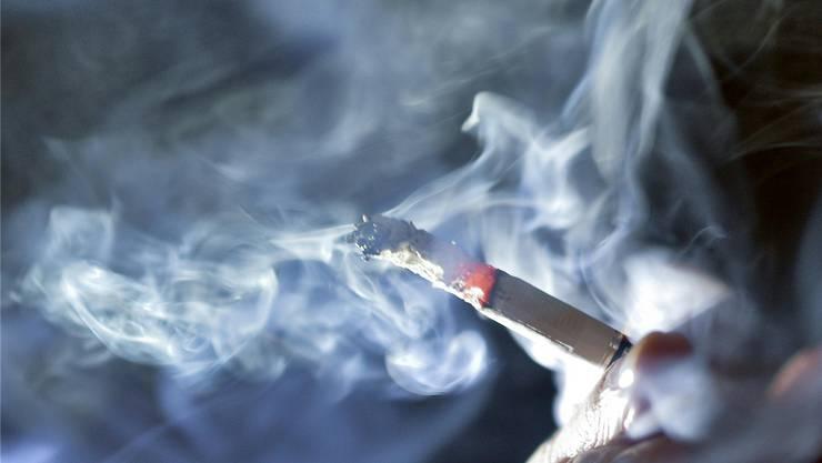 Die Rauchschwaden sollen sich verziehen: Nimmt Dietikon eine Vorreiterrolle im Schutz vor Passivrauchen ein?