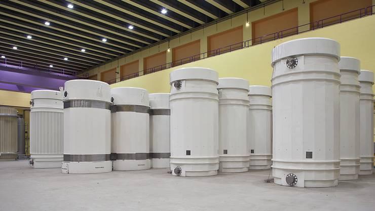 Transport- und Lagerbehälter für hochradioaktive Abfälle im Zwischenlager Würenlingen. (Archiv)