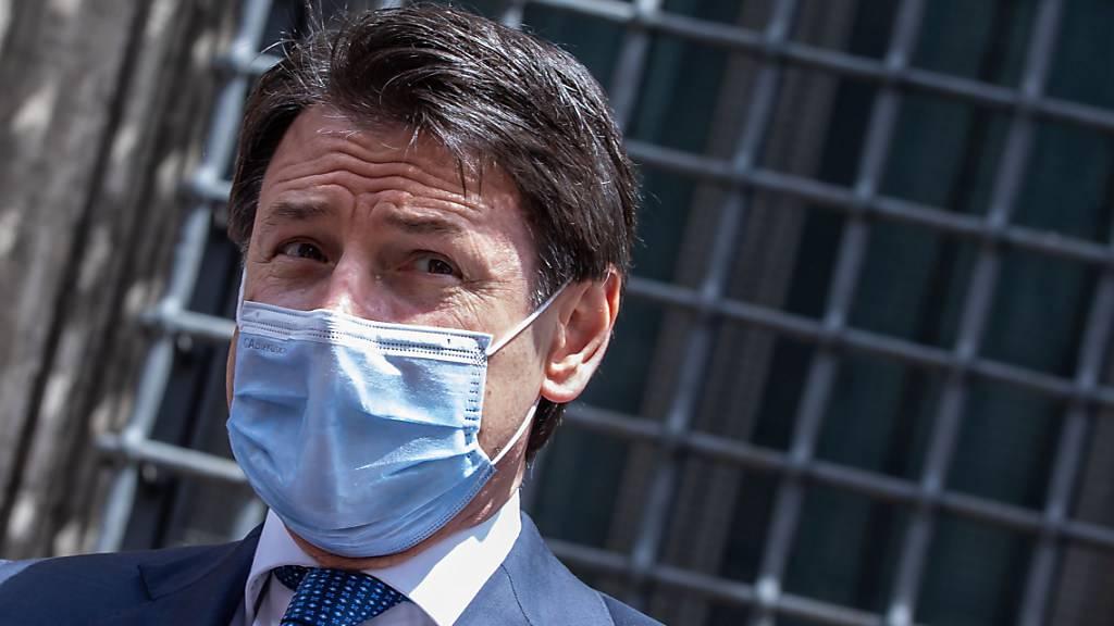 Staatsanwälte befragen Premier Conte zu Corona-Ausbruch
