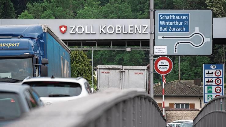 Staus sind auf der Rheinbrücke zwischen Koblenz und Waldshut an der Tagesordnung.