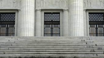 Bundesgericht kritisiert das Zürcher Obergericht, weil es Journalisten die Berichterstattung in einem Prozess verweigerte (Archiv).