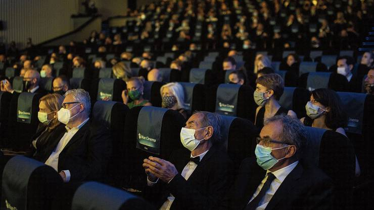 Maskentragen ist Pflicht: Galapremiere zur Eröffnung des Zurich Film Festivals.