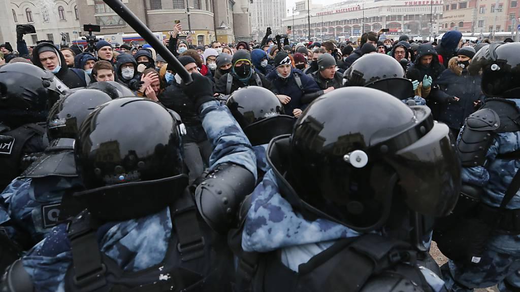 Amnesty-Bericht: Friedlicher Protest in Russland fast unmöglich