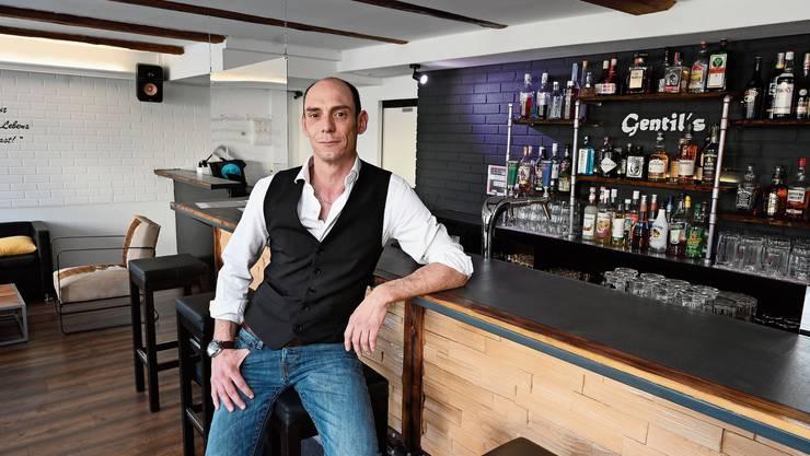 Sascha Rettenmund hat sich mit seiner Bar «Gentil's» einen lang gehegten Traum erfüllt – im ungünstigsten Moment.