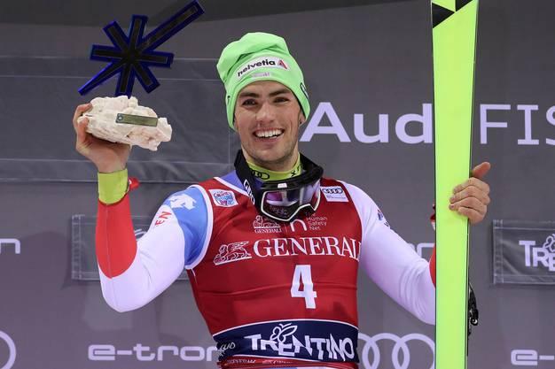 8. Januar 2020: Vier Tage zuvor gelang Daniel Yule in Madonna di Campiglio bereits ein grosser Coup: Mit seinem zweiten Weltcup-Sieg in Slalom – den ersten holte er ein Jahr zuvor ebenfalls in Madonna – schloss er zu den Rekordhaltern Plaschy, Zurbriggen und Giovanoli (alle 2 Slalom-Siege) auf.