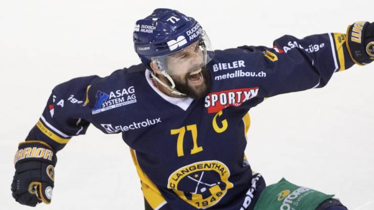 Langenthals Captain Stefan Tschannen: Bei allen drei Titelgewinnen mit von der Partie und Torschütze der wichtigsten Goals in diesen Playoffs.