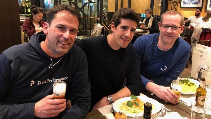Balz Stückelberger, Marc Scherrer, Pascal Ryf - am Montagnachmittag beim Mittagessen in Zermatt.