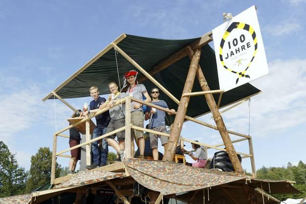 Die Pfadi Zofingen baute sogar einen Aussichtsturm am Heitere Open Air 2019.